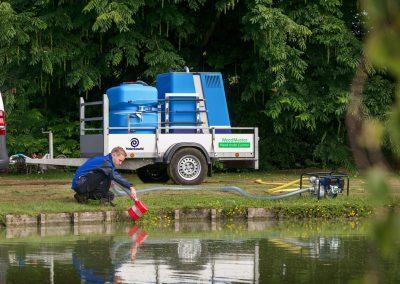 Benutzung von Oberflächenwasser mit Benzin-Wasserzufuhrpumpe